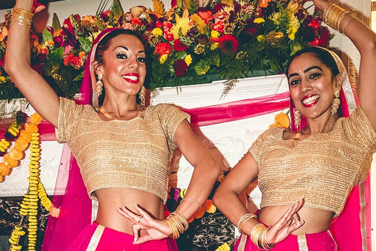 female bollywood dancers